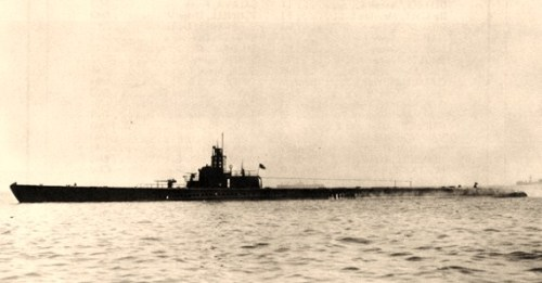 USS Sculpin (SS-191)Off San Francisco, California, on 1 May 1943, following an overhaul. Official U.S. Navy Photograph, from the collections of the Naval Historical Center.