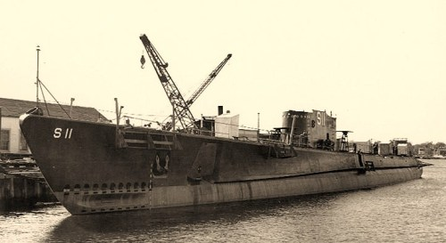 USS Squalus (SS-192)Fitting out, at the Portsmouth Navy Yard, Kittery, Maine, 5 October 1938. Photograph from the Bureau of Ships Collection in the U.S. National Archives.