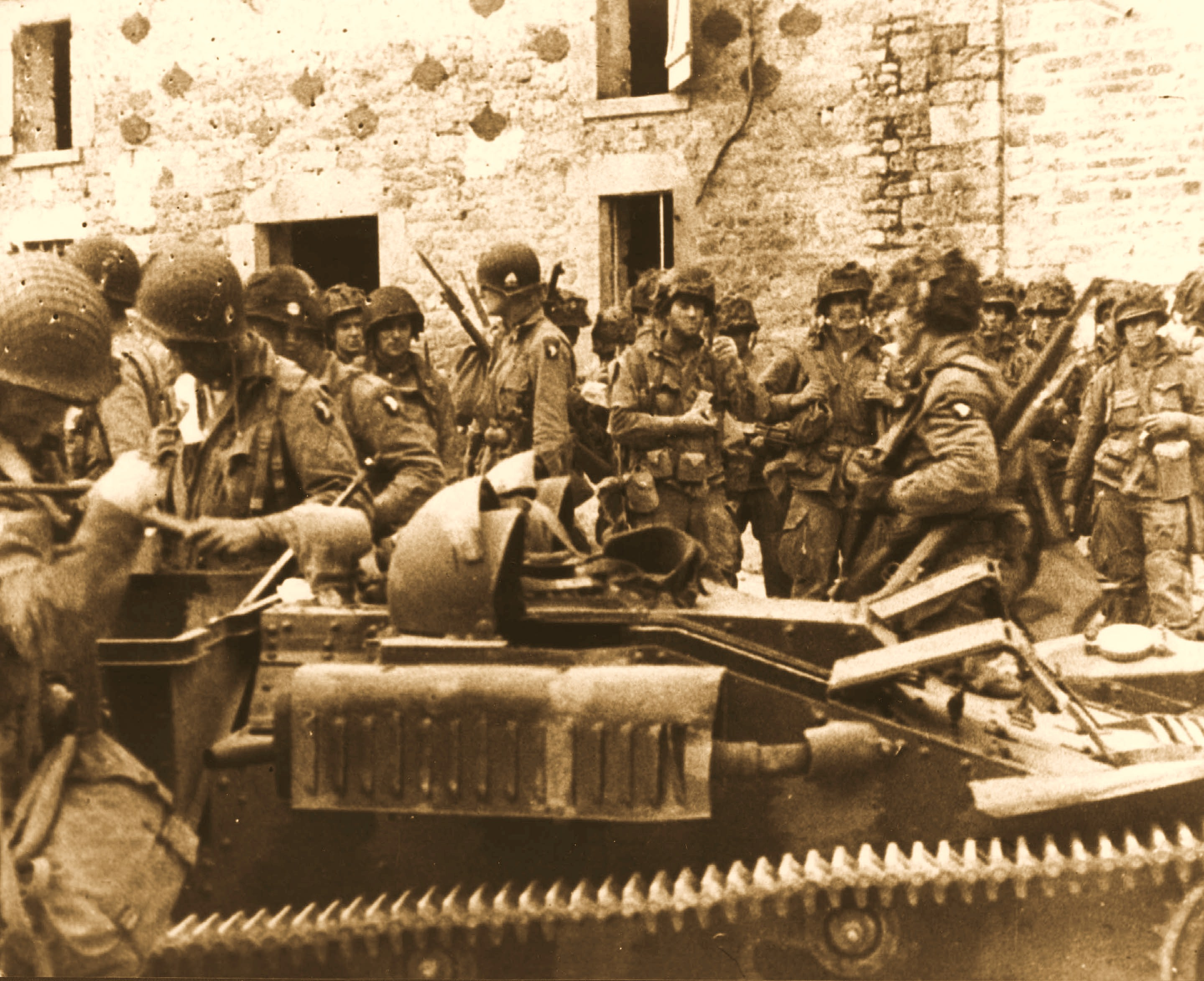 to what extent did the french resistance Ultimately, the free french were given very little say in the planning for the d day invasion (p 129), but as albertelli demonstrates, the resistance proved to be of significant tactical benefit, undertaking a number of important sabotage missions (p 132.