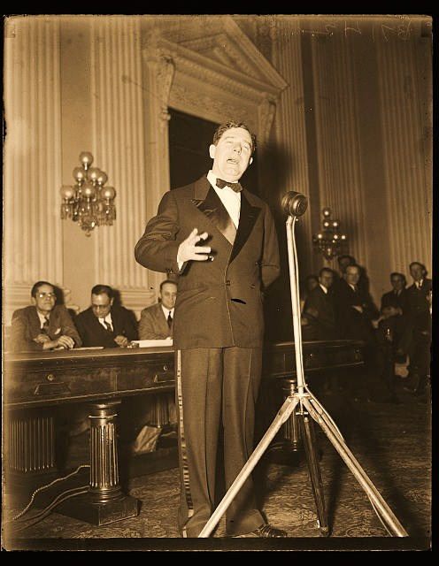 A mob is coming here in six months to hang the other ninety-five of you damned scoundrels, and I'm undecided whether to stick here with you or go out and lead them...  Huey Long, Senate floor speech