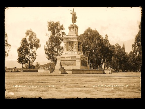 Statue of Cuitlahuac [i.e. Cuauhtemoc] Paseo de la Reforma.